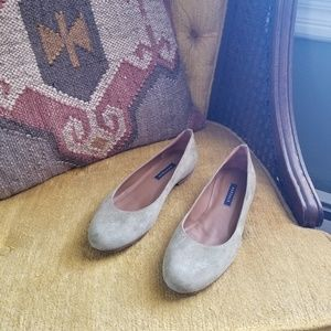 🆕️ Margaux - Suede Flats in Faded Olive